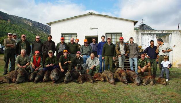 Imagen de archivo de la Sociedad de Cazadores de Peramola.