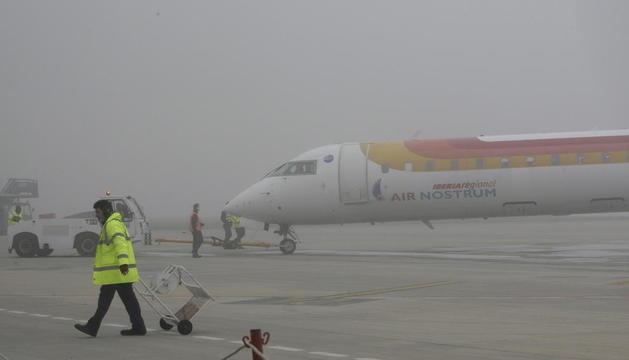 La boira obliga a desviar els vols d'esquiadors britànics d'Alguaire a Reus i el de La Seu a Girona