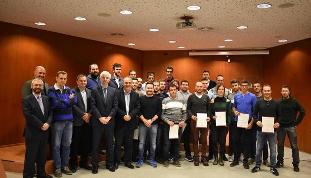 Imagen de los primeros diplomados del curso de ActelGrup y la UdL.