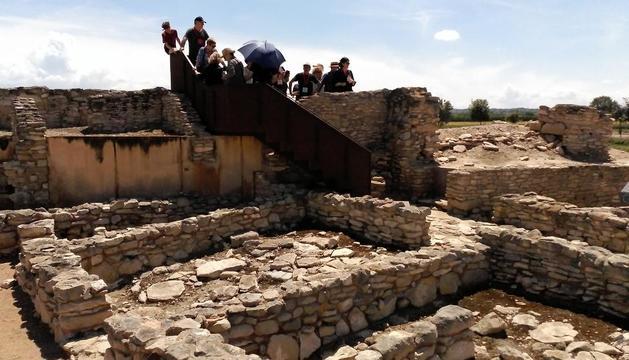 Jornada de puertas abiertas y visitas guiadas en la fortaleza ibérica de Els Vilars el pasado 2 de junio.