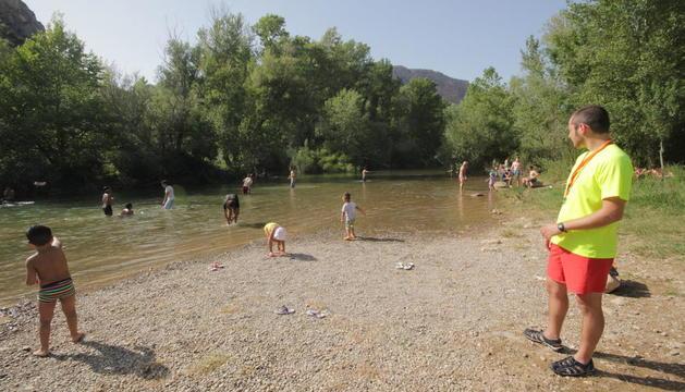 Imatge d'arxiu de l'any passat del vigilant del riu.