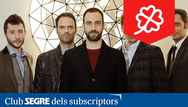 Els cinc components del grup musical Blaumut, de gira amb 'Equilibri'.