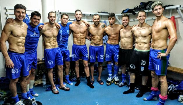 L'equip va celebrar una nova gesta al vestidor i avui lluitarà per conquerir la primera Lliga Catalana.