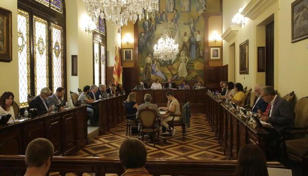 Un momento del pleno de la Diputación celebrado ayer.