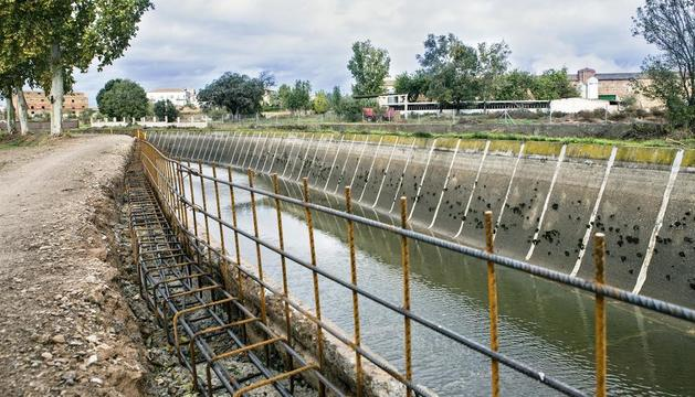 Més de 3,6 milions en obres per a la pròxima campanya - És la inversió prevista al pla d'obres de fins al març de l'any que ve per fer recréixer el Canal Principal, estabilitzar talussos, revestir séquies i acabar el túnel de Montclar,  ...
