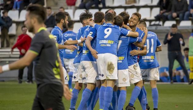 El Lleida exerceix de líder i goleja al Conquense