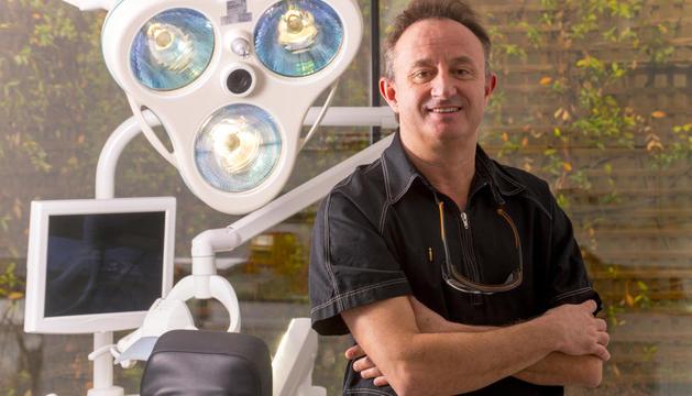 """Xavier Chela: """"Els implants són com la cirurgia estètica: si estan ben fets, no s'han de notar"""""""