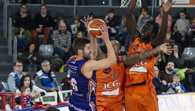 L'equip va estar acompanyat per un grup d'aficionats de Lleida.