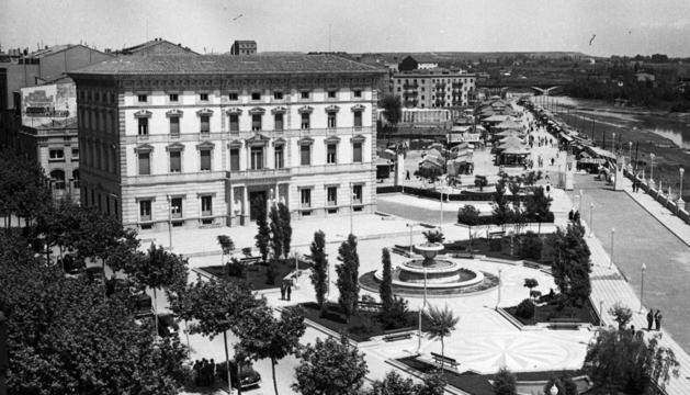 Una de les fotografies de Lleida de Josep Jové.