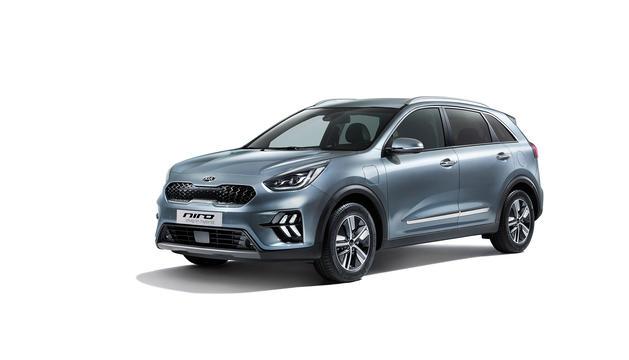 La comercialització dels models començarà en el segon semestre de l'any. El Niro es vendrà de sèrie amb la garantia de 7 anys o 150.000 km.