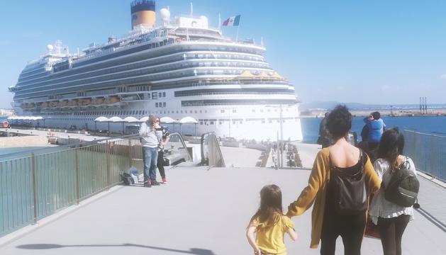 La família va navegar amb el 'Costa Diadema'.