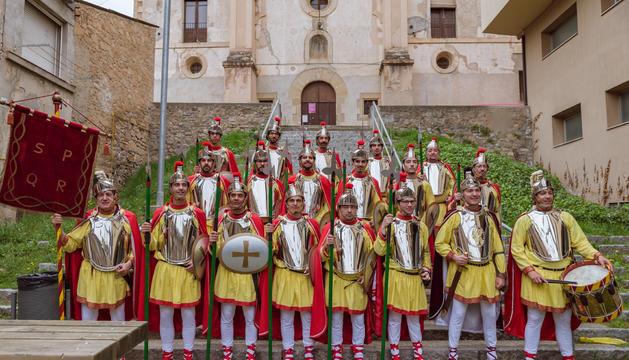 Actual formació dels Armats d'Oliana.