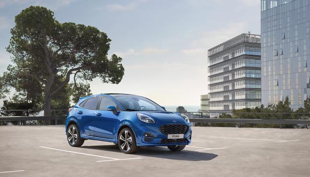 Utilitza la tecnologia EcoBoost Hybrid de 48 volts, que integra el parell elèctric amb un motor de gasolina 1.0 de tres cilindres de fins a 155 CV.