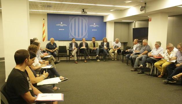 Un momento de la reunión celebrada ayer en la delegación del Govern.