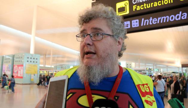 Normalitat a l'aeroport del Prat a la primera jornada de vaga d'Iberia