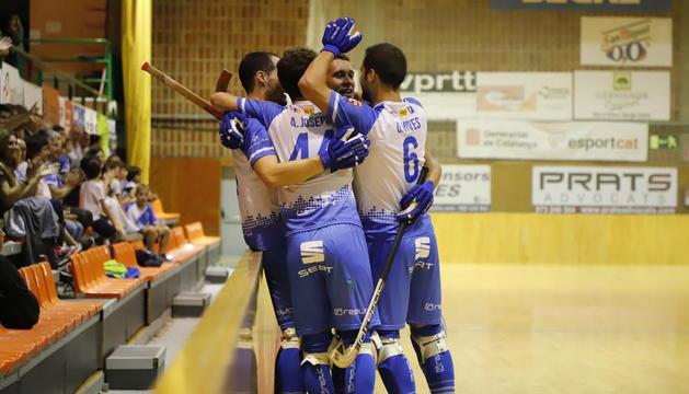Los jugadores del Lleida Llista celebran un gol la pasada jornada.
