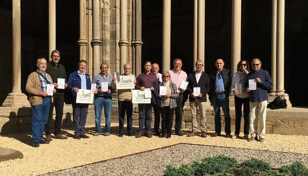 Membres de l'associació Amics de la Seu Vella i del Consorci, ahir a la presentació de la jornada.