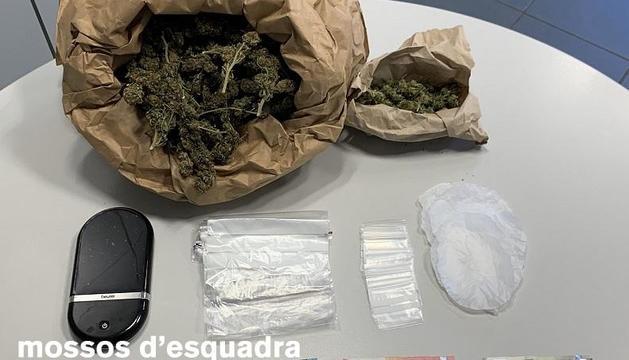 Al pis van trobar marihuana valorada en 4.750 euros.