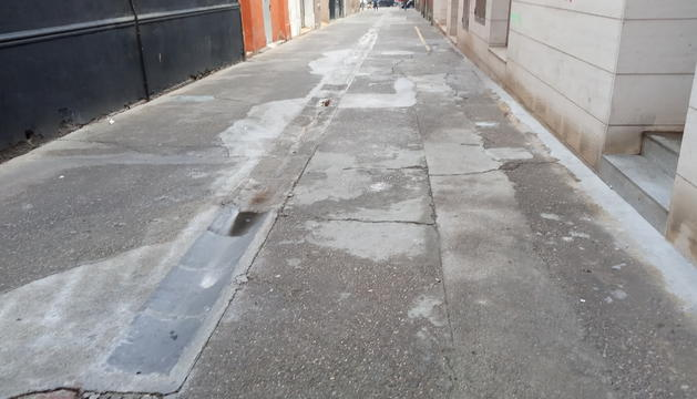 Estat del passatge Sant Jordi, al barri del Clot de Lleida