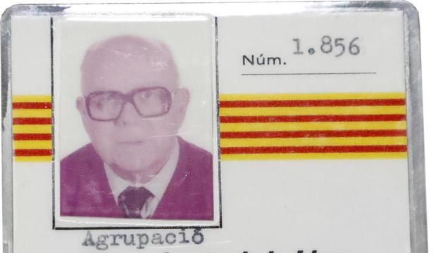 Joaquim Tolós, con fotos que repasan momentos de su vida.