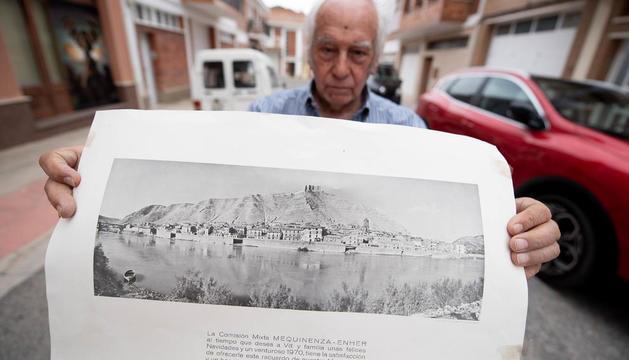 poble vell i poble nou. Estèticament, l'església de Mequinensa va en la línia racionalista de les cases del poble nou: totxos a vista i parets blanques.