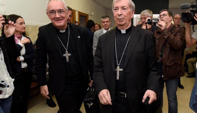 Els bisbes de Barbastre i Lleida, al judici a Barbastre el 2019.