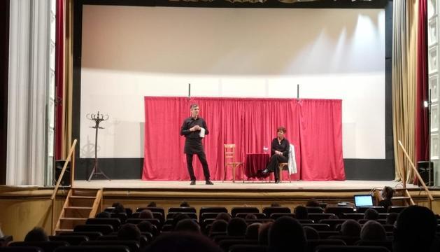 L'obra de teatre que la companyia El Hilo va oferir al Pont.