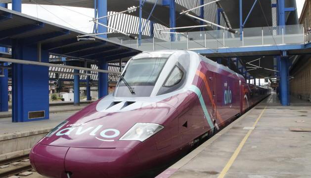 Imatge del primer tren Avlo que va parar a Lleida en direcció a Madrid dimecres passat.