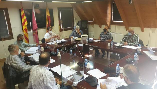 Imagen del pleno de ayer del ayuntamiento de Naut Aran.