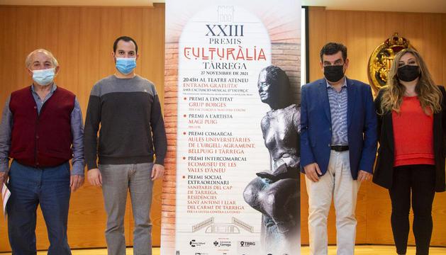 Presentació ahir a Tàrrega de la 23 edició dels recuperats Premis Culturàlia.