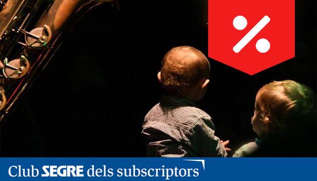 'Söns' és un espectacle íntim i màgic recomanat per a famílies amb nadons de 0 a 2 anys.