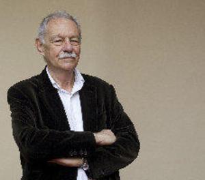 Eduardo Mendoza, Premi Cervantes per la seua narrativa subtil i irònica