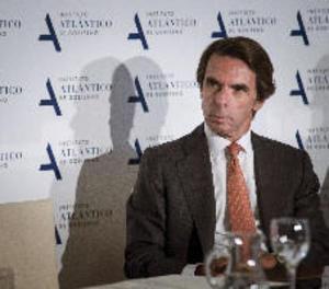 Aznar renuncia a la Presidència d'honor del Partit Popular