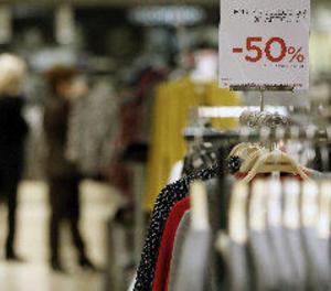 La despesa mitjana en les rebaixes serà de 103 euros, un 20% més que el 2016