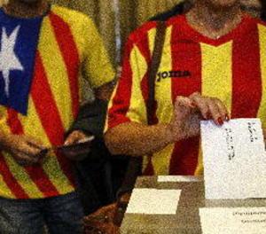 El 59 per cent dels catalans diu ser d'esquerres i 39 se sent espanyol i català