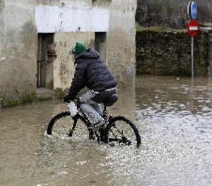 Un ciclista xinès recorre per error 500 quilòmetres en la direcció errònia