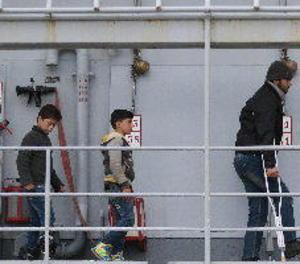 Unicef diu que nou de cada 10 nens van creuar sols la Mediterrània el 2016