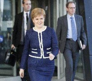 El Parlament escocès aprova impulsar un nou referèndum d'independència