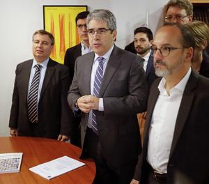 Homs ha acudit aquest dimarts al Congrés per rebre en mà la sentència que l'inhabilita durant tretze mesos per a l'exercici de càrrec públic.