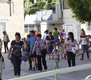 Sortida d'alumnes en una escola de Lleida.