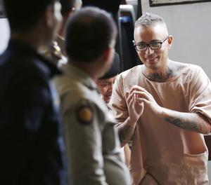 Artur Segarra arriba a una audiència al tribunal penal de Bangkok.