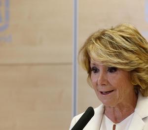 Esperanza Aguirre, en un moment de la compareixença per anunciar la seua dimissió.