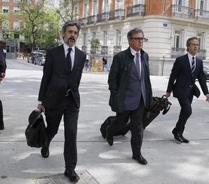 Jordi Pujol Ferrusola, al centre de la imatge, ha comparegut per tercera ocasió davant de l'Audiència Nacional.