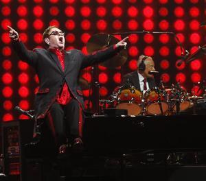 El cantant britànic Elton John, durant un dels seus concerts.