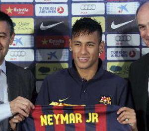 Josep Maria Bartomeu anirà a judici pel fitxatge de Neymar