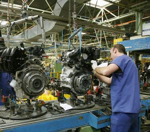 Una cadena de muntatge en una fàbrica.