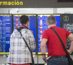 Les aerolínies han d'avisar dos setmanes abans de cancel·lar un vol o indemnitzar