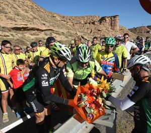 Un acte d'homenatge pels dos ciclistes de Seròs morts en ser envestits per un conductor begut.