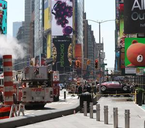 Vista del vehicle que ha atropellat deu persones a Times Square, Nova York (Estats Units) aquest 18 de maig.