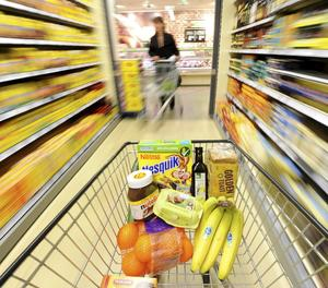 Un carretó de la compra en un supermercat.